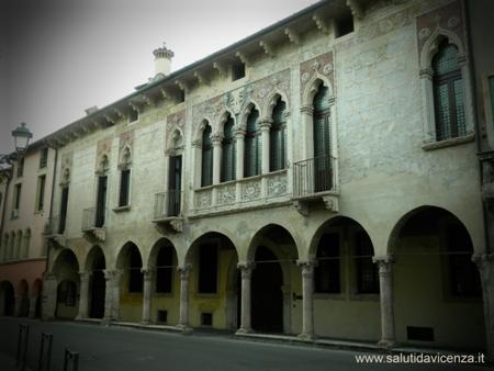 Vicenza, serie Ponte degli Angeli foto palazzo regaù