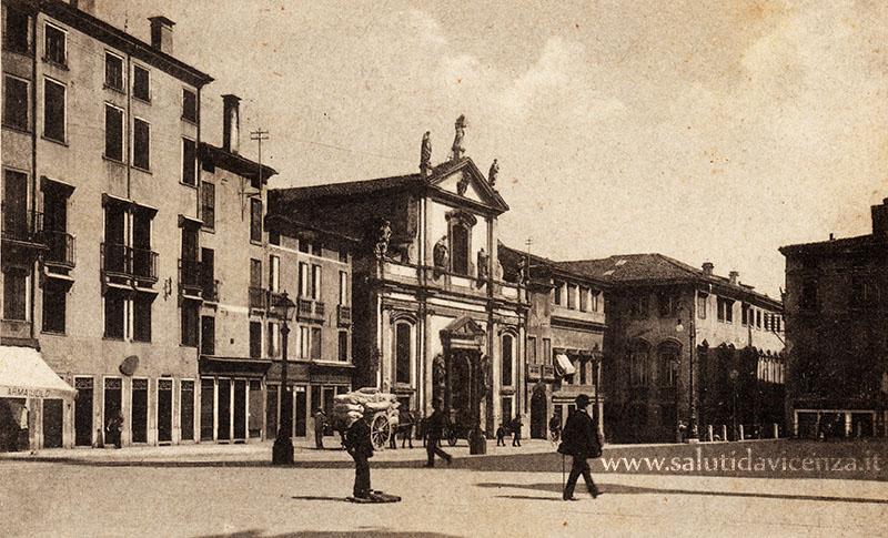 Piazza Biade
