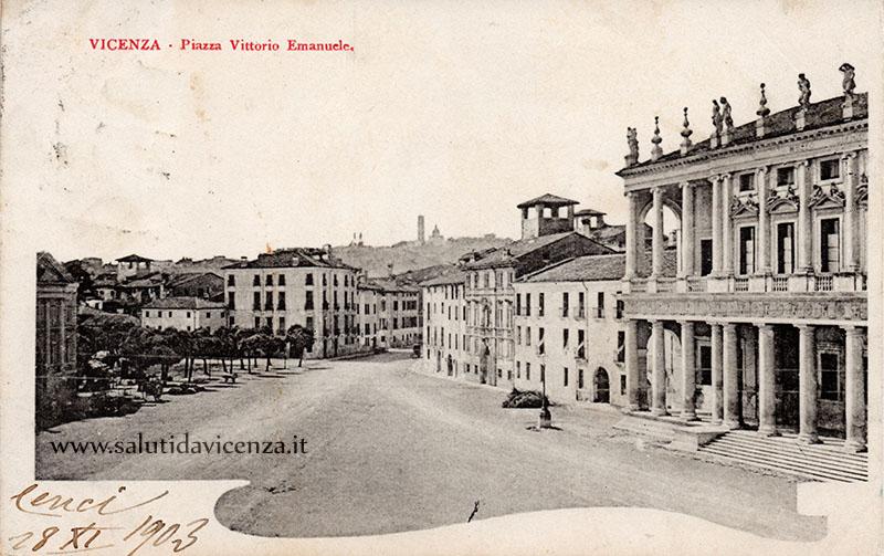 Panoramica su Piazza Matteotti