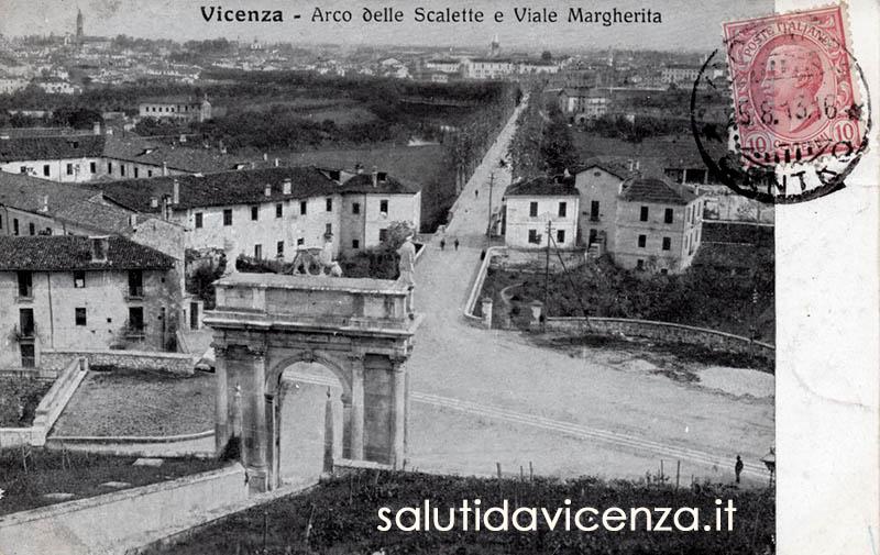 Panorama di Vicenza e viale Margherita dalle Scalette di Monte Berico. Cartolina d'epoca del primo '900