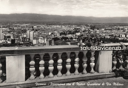 Vicenza, balaustra sul panorama di Vicenza, Monte Berico.
