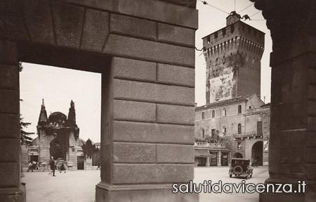 Piazzale De Gasperi dall'Arco del Revese