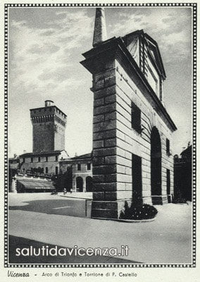 Arco di Trionfo di Campo Marzo in una cartolina d'epoca degli anni '30.
