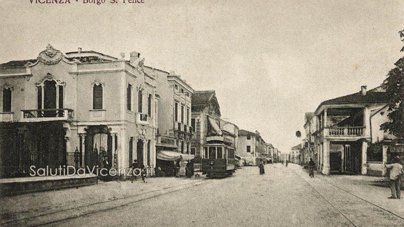 Veduta del corso San Felice e bar Sartea nel primo Novecento