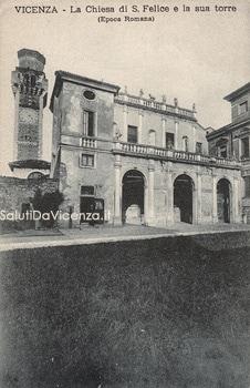 L'antica basilica di San Felice e Fortunato con il portico