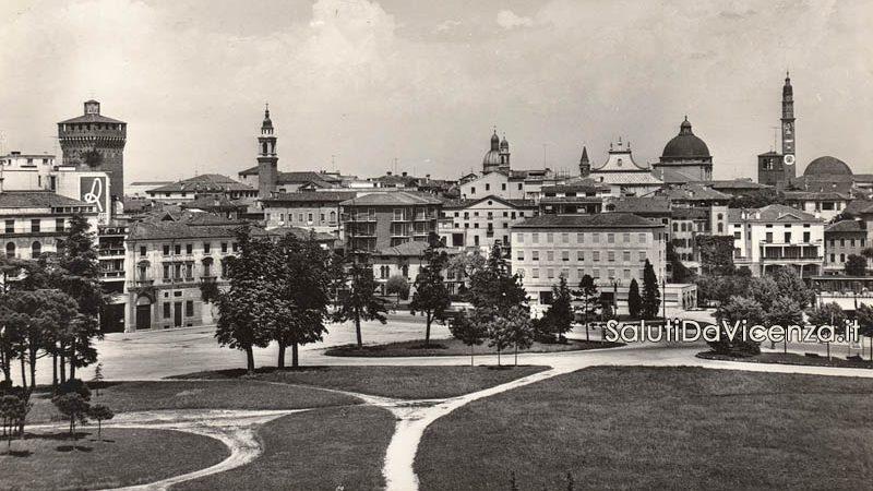 Panorama di Vicenza dal Campo Marzo.