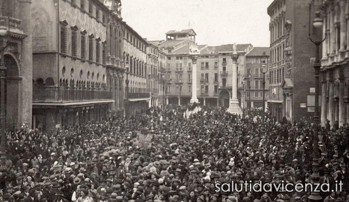 La piazza del centro storico di Vicenza