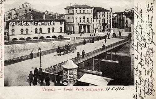 Ponte degli Angeli in una cartolina del 1900