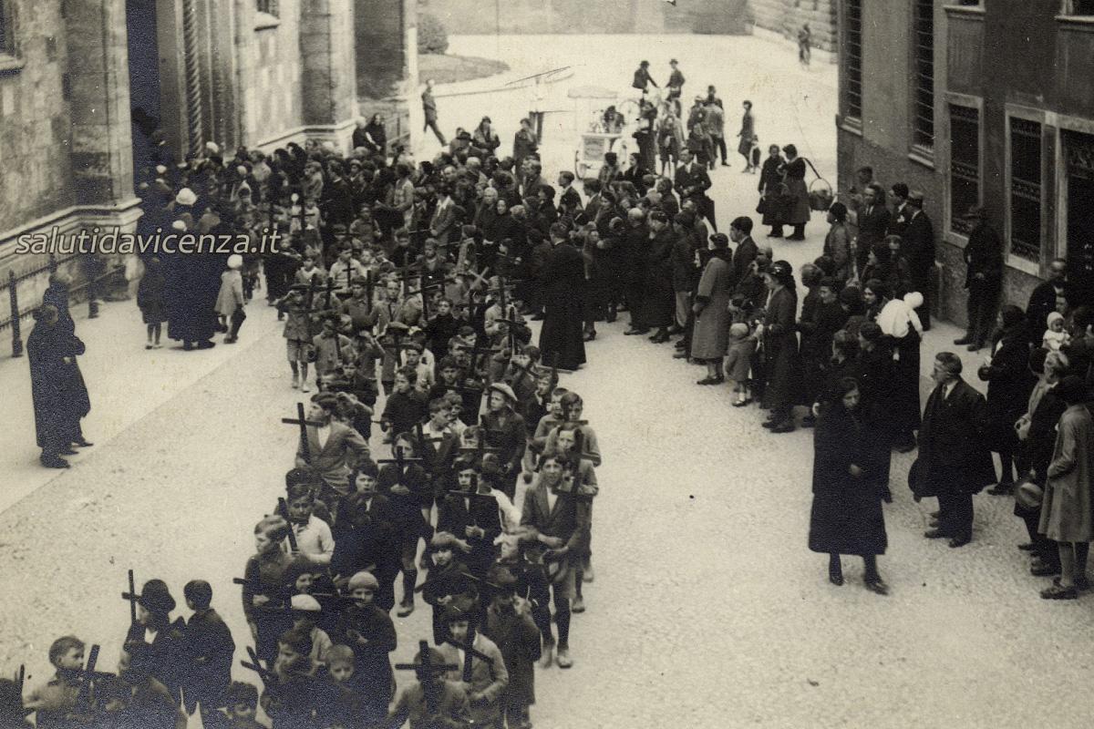 Processione del Venerdì Santo (1930 circa)
