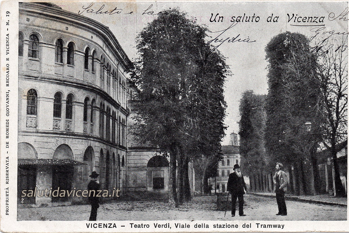Viale Stazione e Teatro Verdi
