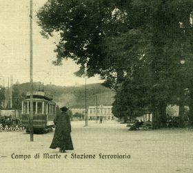 vecchia cartolina postale del Campo Marzio e della stazione ferroviaria di Vicenza